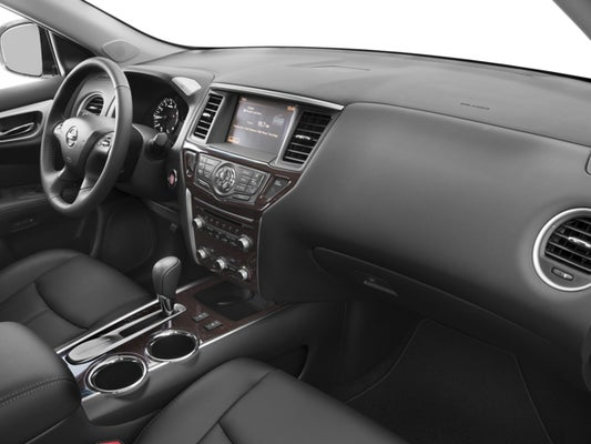 2016 Nissan Pathfinder SL 3RD ROW SEATING